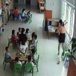 Cơ sở mầm non bị đóng của do dọa ném trẻ qua cửa sổ