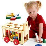 những lưu ý khi mua đồ chơi cho con bạn