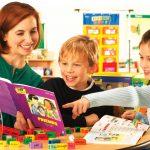 Mẹ sáng tạo trò chơi để dạy con học tiếng anh từ 3 tuổi