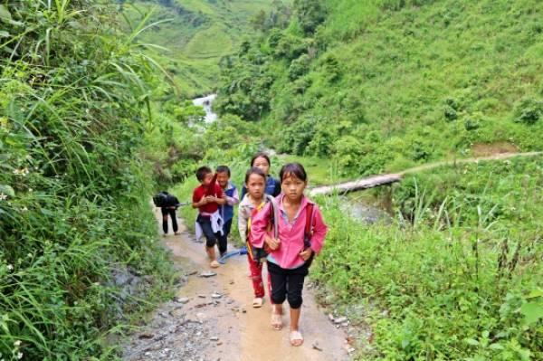 Giáo dục miền núi