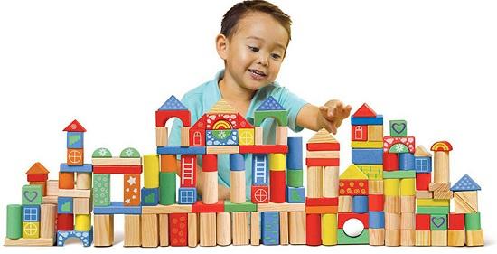 Tại sao nên làm đồ chơi mầm non cho lớp học của trẻ?